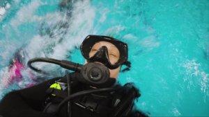 Natural Anti-Fog Eliminates The Fogging Mask Problem For Divers